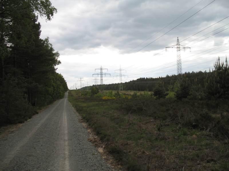 Hochspannungstrasse kurz vor Unterlüß