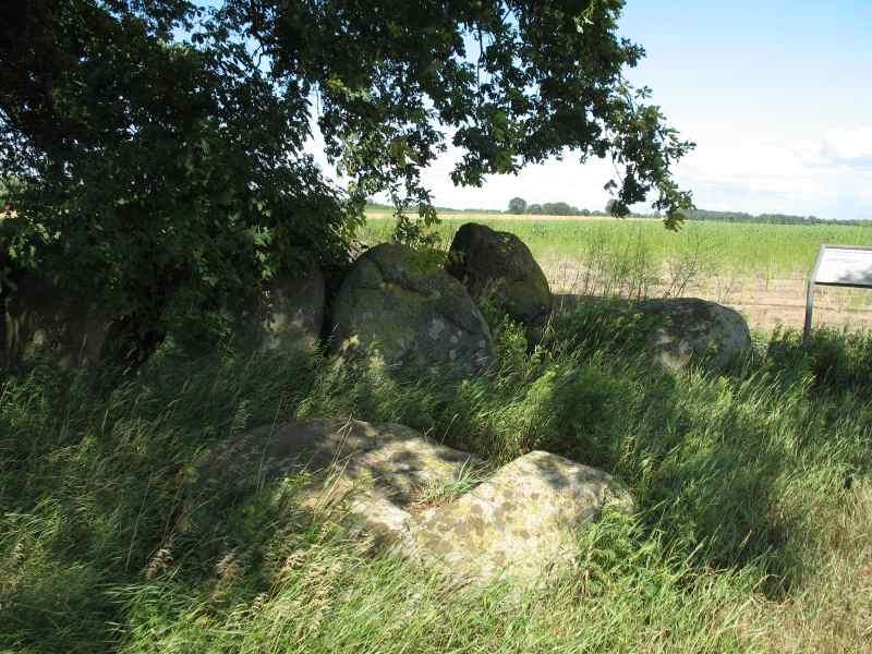 Großsteingrab bei Kahlstorf