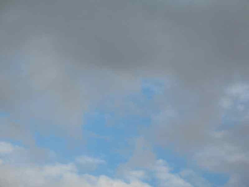 etwas blauer Himmel