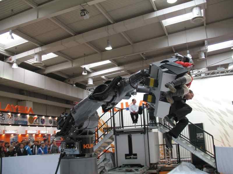 Industrieroboter als Jahrmarktattraktion