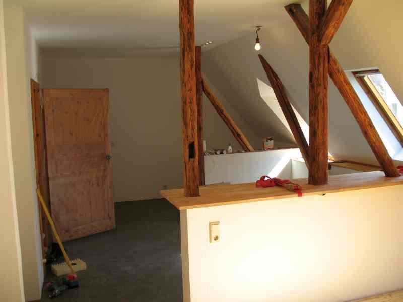 Tresenplatte und Küchenboden