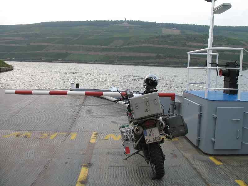 von Bingen über den Rhein nach Rüdsheim