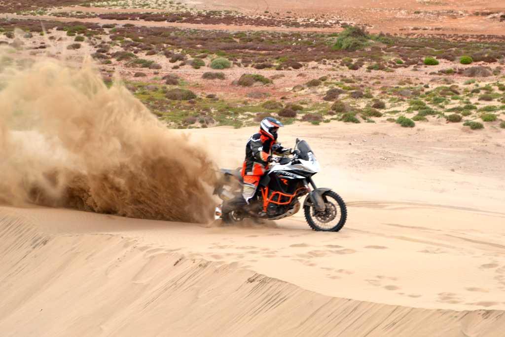 die dicke KTM 1190 Adventure R kann das auch