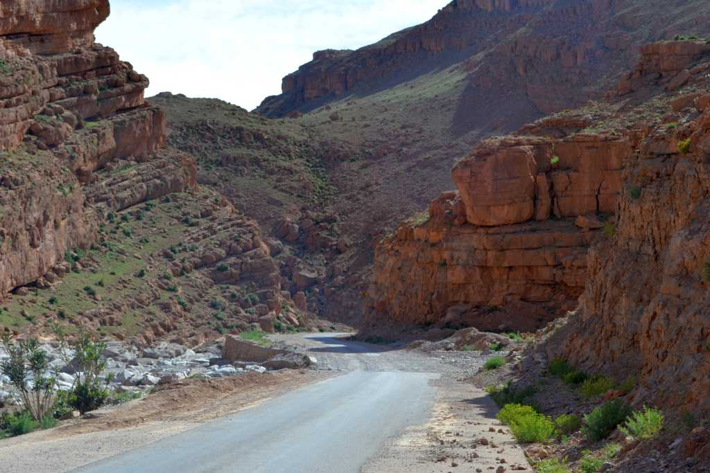 Einsamkeit der marokkanischen Bergwelt