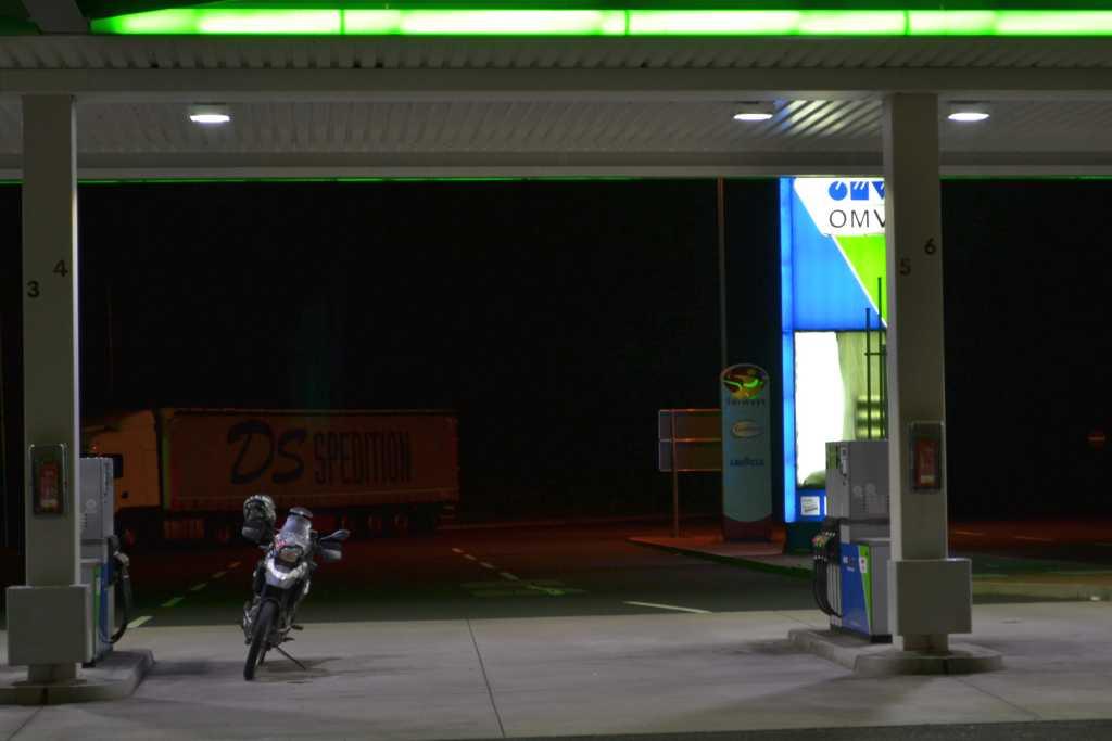 die Sertao hat die ganze Tankstelle für sich allein