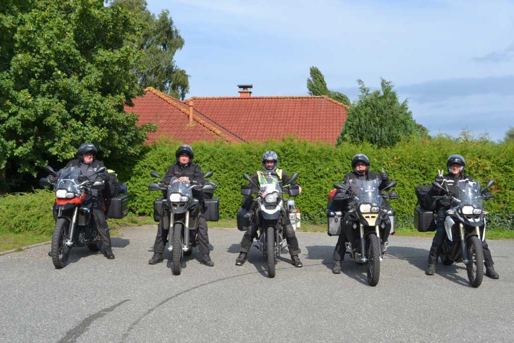 Fünf Fahrer