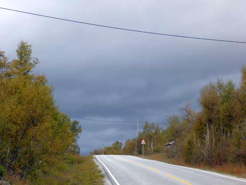 schwarze Wolkenformation