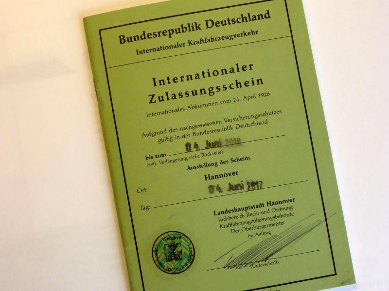 Internationaler Fahrzeugschein