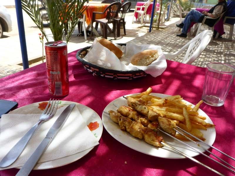 Brochettte poulet avec Frites
