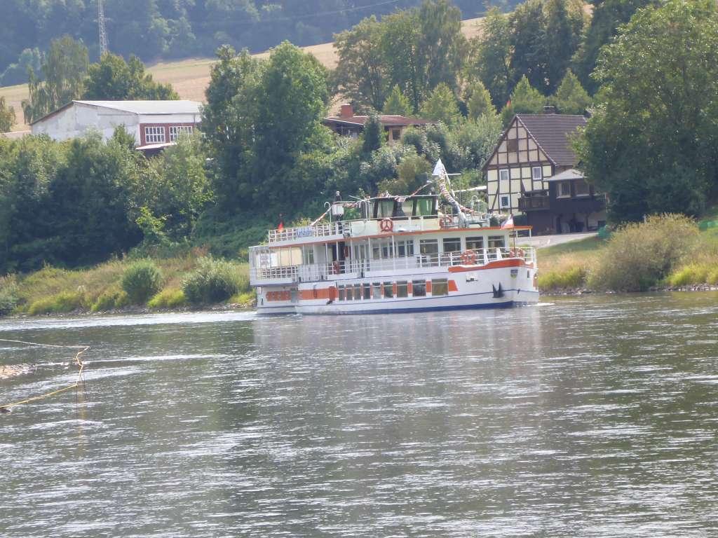 Ausflugsboot Karlshafen